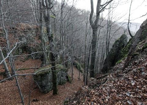 Skalné útvary Slanských vrchov
