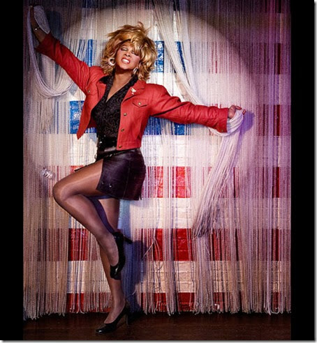 Larry-Edwards-as-Tina-Turner