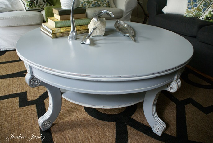 Broadview heights coffee table redo in blue Painted coffee table
