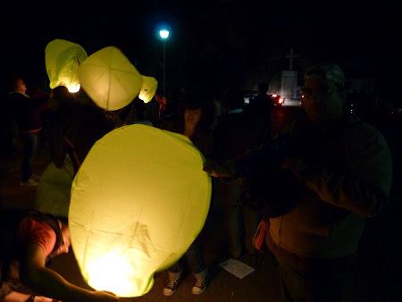 Lansare lampioane prin Neamt