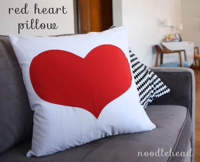 Red Heart Pillow Tutorial by Noodlehead