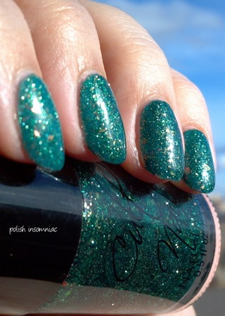 Cult Nails Toxic Seaweed 3