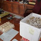 写真2 :ファーム・ハウスで採られたツバメの巣(撮影: 市川 哲)