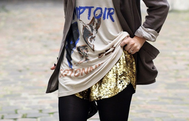 orig_201107_09_fashiolista_fashion_girl_gold_sequin_streetstyle_favimcom_98940_glitter_shorts