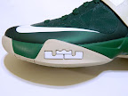 nike zoom soldier 6 pe svsm away 4 10 Detailed Look at Nike Zoom Soldier VI SVSM Fighting Irish PEs