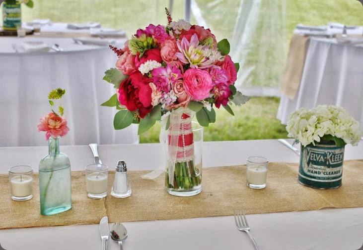 bouquet as centerpiece 165897_10151074097273413_439570550_n la petite fleur mn