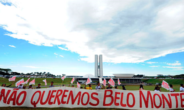'We don't want Belo Monte' reads a sign at an anti-dam rally in front of the Brazilian parliament building in Brasilia. Photo: AFP / Getty Images