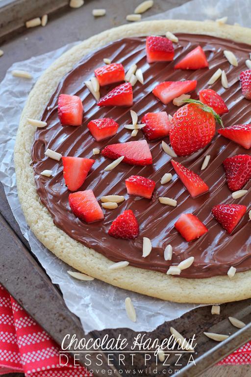 Chocolate-Hazelnut-Dessert-Pizza-final