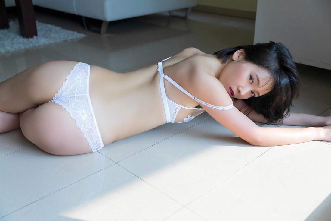 [YS Web] 2018-07-11 Vol.810 Yui Shirakawa 白川悠衣 「四つの顔を持つ女」 ys-web 09020