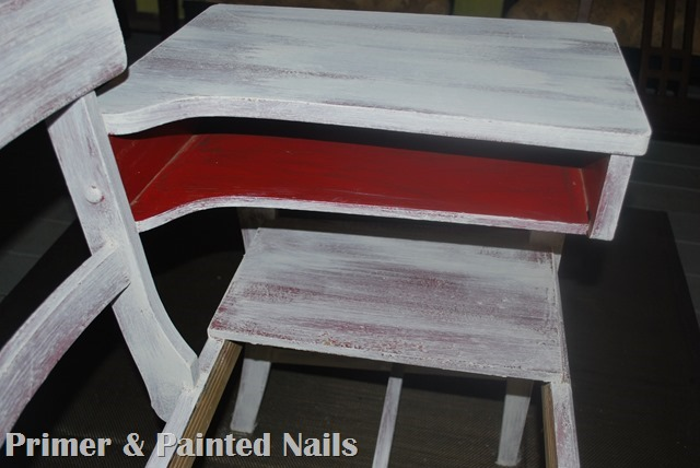 Gossip Table Desk - Primer & Painted Nails