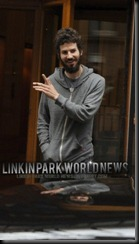 Linkin Park World News  Twitter @mauricioxlp 04