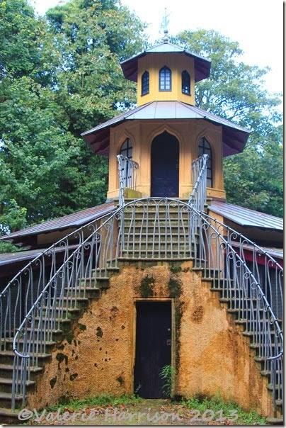 9-monkey-house