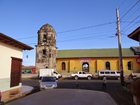 02. Biserica din Leon.JPG
