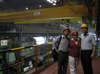 Students and Professor Guo at Bao Steel Factory Visit (Photo by Todd Kimmel)