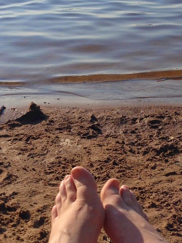 Fötterna i sanden