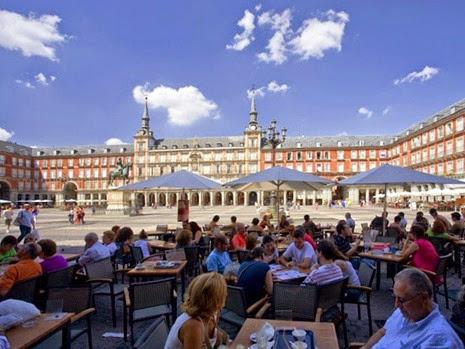 Plaza Mayor, em Madri Espanha