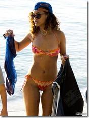rihanna bikini 4