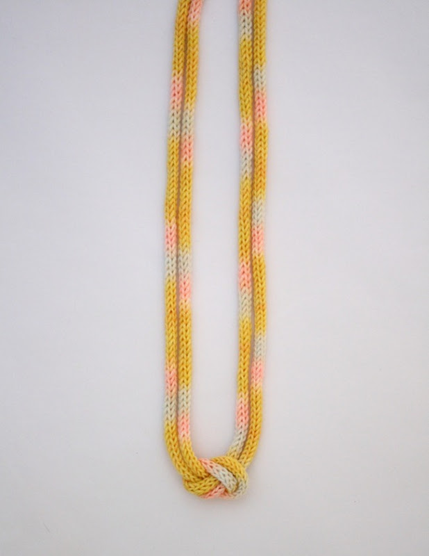 knitted knotted necklace 5b