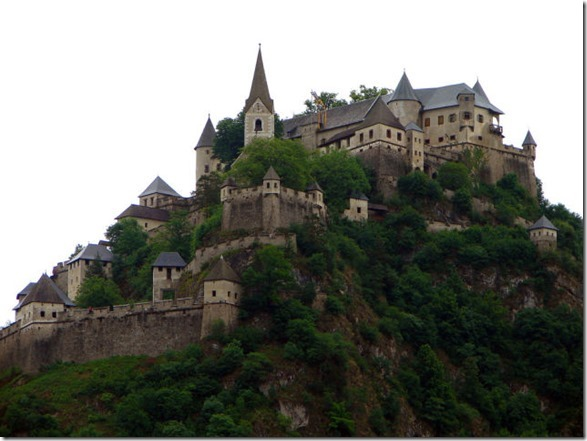 real-life-castles-21