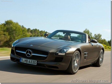 Mercedes-Benz SLS AMG Roadster 6
