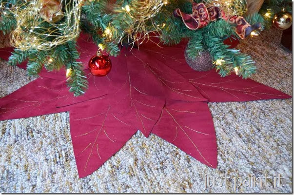 Poinsettia-Tree-Skirt-K