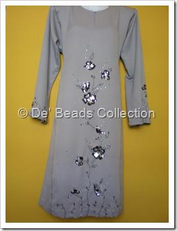 Motif sequins and beading on Baju Kurung