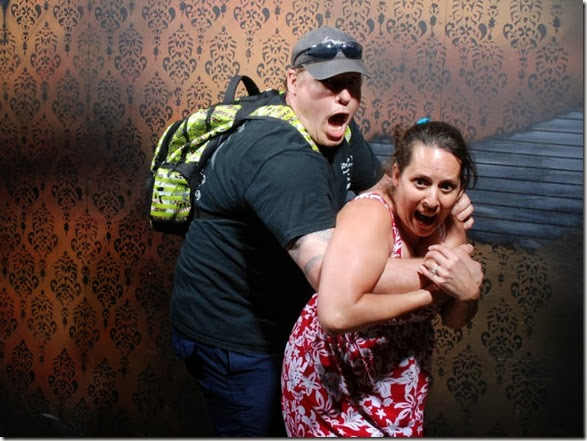 haunted-house-scary-35