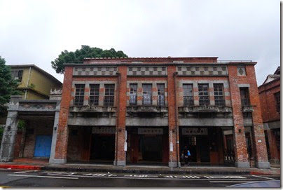 艋岬老街 X 剝皮寮: Monga Old Street