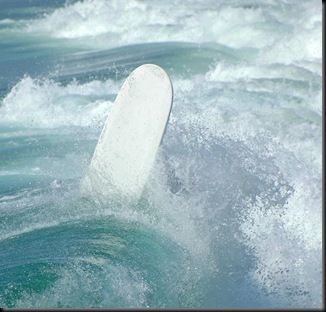 surfing-wipeout-clarence-alford