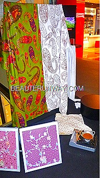 Alleira Internaional Batik live demonstration on the art of batik making