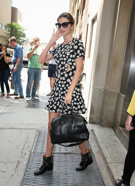 Miranda Kerr wears daisy print dress black Ib5kG53jc1Ax