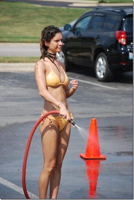 best-bikini-carwash-26