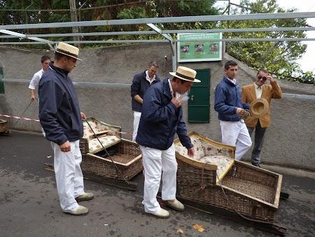 05. Sanierii din Funchal.JPG