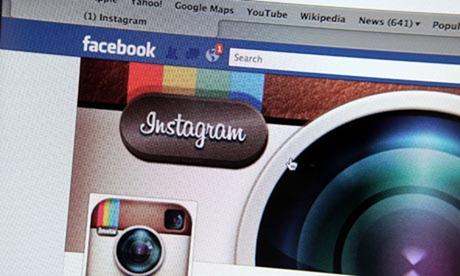 Facebook + Instagram = Pengguna?