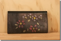 Metis clutch wallet 1b