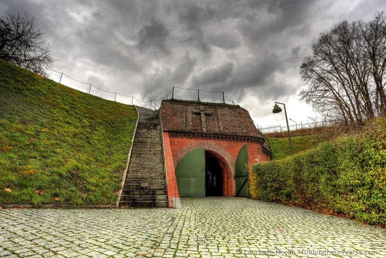 Fort VII: Die Todestreppe - Posen, Polen