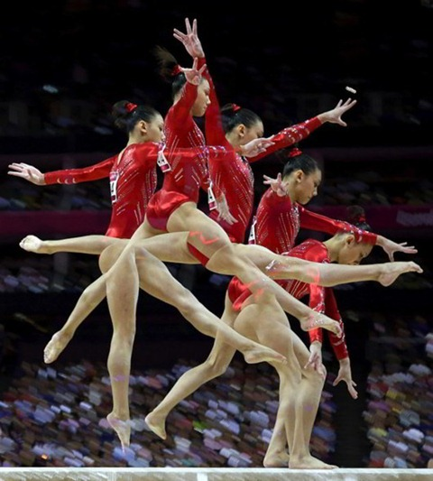 Multiple-exposure-Photos-of-Olympic-Gymnasts-14-634x704