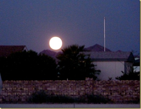 2012-09-30 - AZ, Yuma - Harvest Moon over the foothills -003
