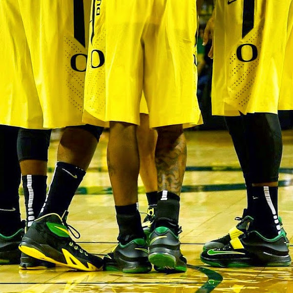Oregon Ducks8217 Zoom Soldier 8 Home Away amp Alternate PEs