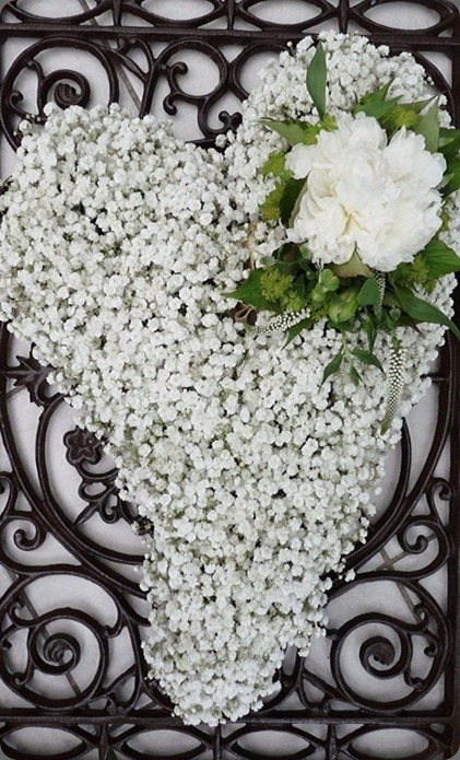 funeral tribute 563264_385777731471311_683328721_n the flower mill draycott uk