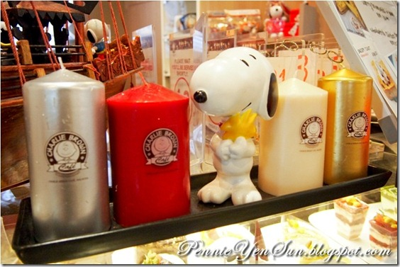 Charlie Brown Cafe (5)
