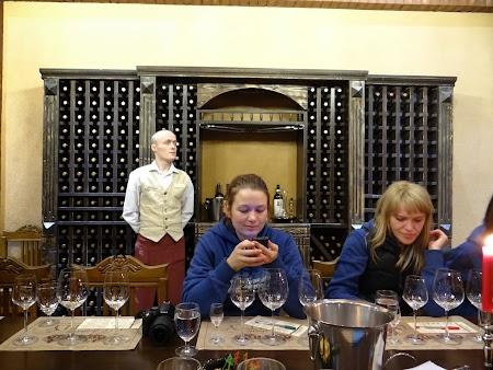 Drumul vinului -Basarabia: Mia Cebanu si Lucica Taut la degustare