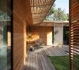 Fachadas-de-madera-casa-minimalista