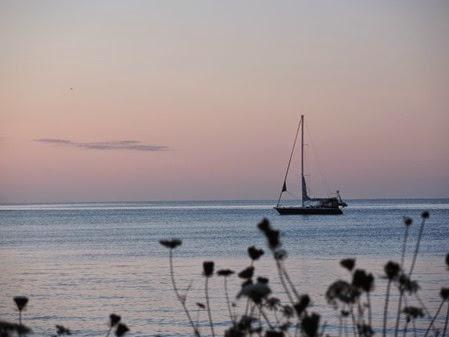 20140819_060106-pq-sunrise-sail