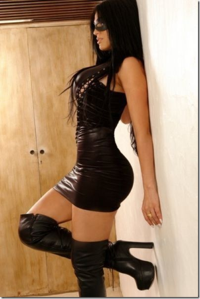 skintight-dresses-wowza-39