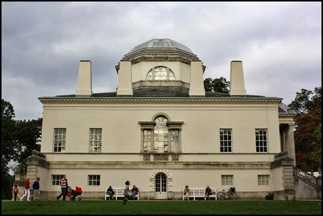 Western elevation neo-Palladian Chiswick House