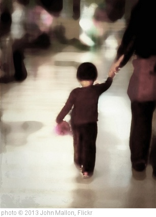 'Shopping with dad' photo (c) 2013, John Mallon - license: http://creativecommons.org/licenses/by/2.0/