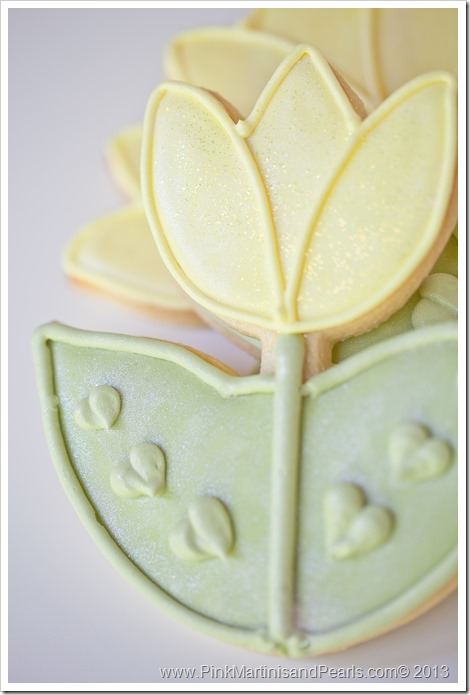 tulip bridal shower cookies