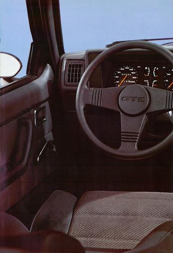 Opel_Kadett_1984 (8).jpg