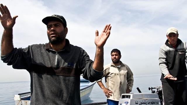 Palestinain Angry-fisherman-Gaza-2